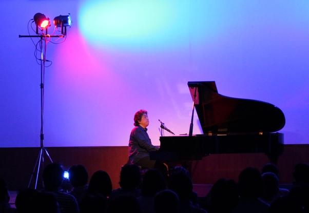 そして西本さんのソロ演奏2曲。
